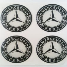 Аксессуары Наклейка на диск Mercedes D56 мм cиликон (Белый логотип на черном фоне)