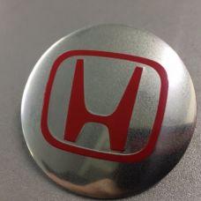 Аксессуары Наклейка на диск Honda D56 аллюминий (красный логотип на серебристом фоне)
