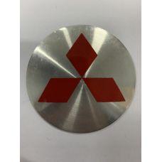 Аксессуары Наклейка на диск Mitsubishi 56 выпуклый (Красный логотип на серебристом фоне)