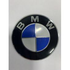 Аксессуары Наклейки BMW D65 алюминий (Логотип с серебристой окантовкой)