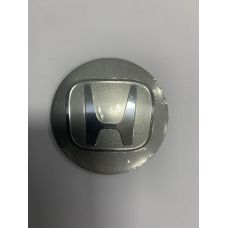 Аксессуары Наклейка на диск Honda D56 алюминий (Хромированный логотип на серебристом фоне)