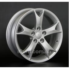 Диски R17 5x114,3 Replica Mitsubishi (MI13) 6,5x17 5x114,3 ET38 DIA67,1 (silver)