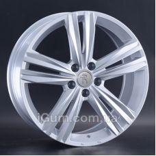 Диски Replay Volkswagen (VV257) 8x19 5x112 ET28 DIA66,6 (silver)