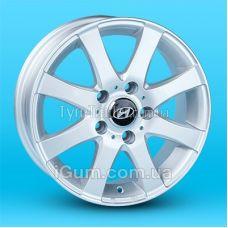 Диски Replica Hyundai (JT461R) 6x15 5x114,3 ET35 DIA67,1 (silver)
