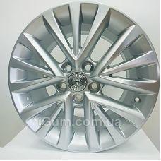 Диски Replica Toyota (5113) 7x17 5x114,3 ET45 DIA60,1 (silver)